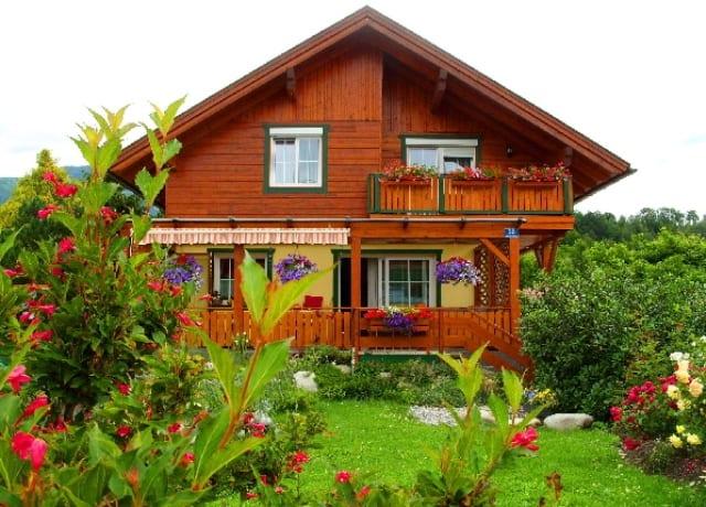 Haus Front - 640x480