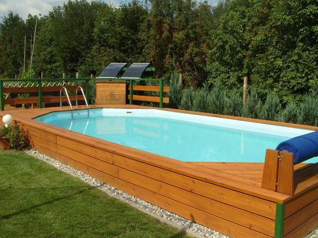 Haus Pool - 640x480