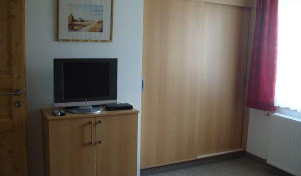 Goldeck Schlafzimmer 2